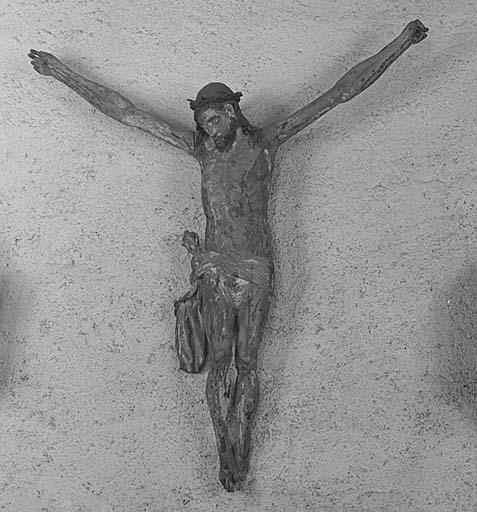 ronde-bosse : Christ en croix