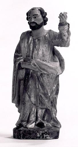 2 statuettes : Saint Jean Baptiste, saint apôtre.