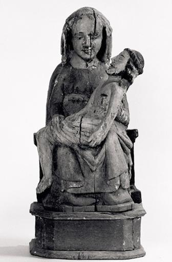 statue : Vierge de Pitié (No 2)