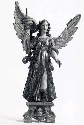 statues (2) : anges porte-flambeau (No 1)