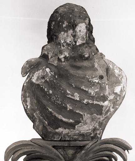 2 bustes-reliquaires : Saint Illuminé, Sainte Christine.