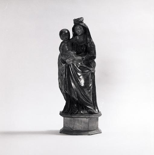 statue : Vierge à l'Enfant No 2