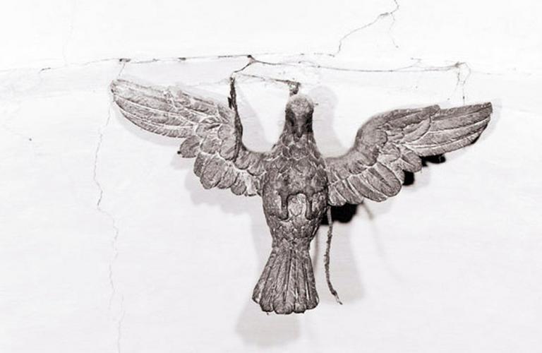 Statue (contrepoids de suspension) : Colombe.