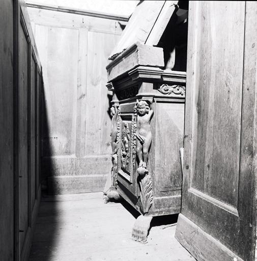 pupitre ; armoire