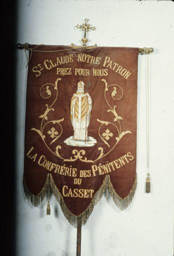 Bannière de procession de Saint Claude, de la confrérie des pénitents du Casset.