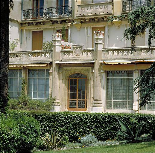Maison dite Château Sainte-Ursule, puis des Tours
