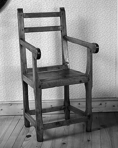 fauteuil No 8