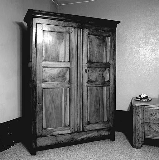 armoire à linge No 1