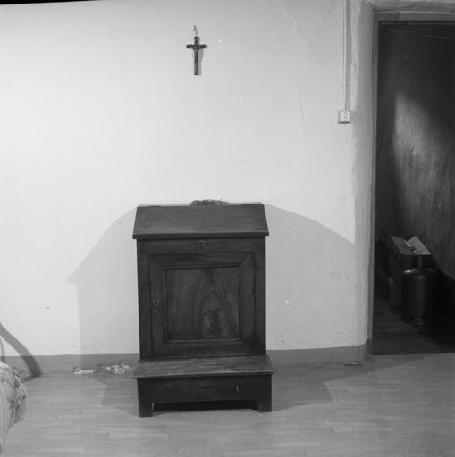prie-Dieu à armoire No 2