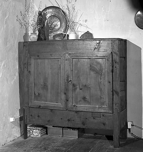 armoire No 18