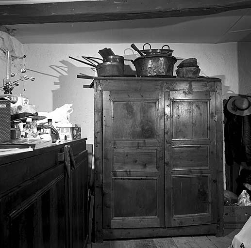 armoire No 19