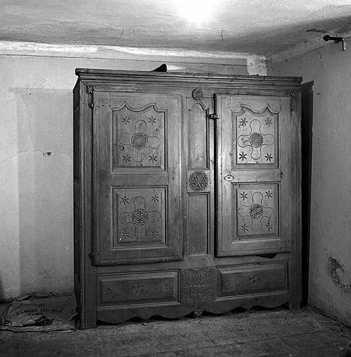 armoire No 21