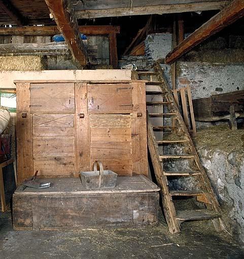 coffre-armoire à grains No 7