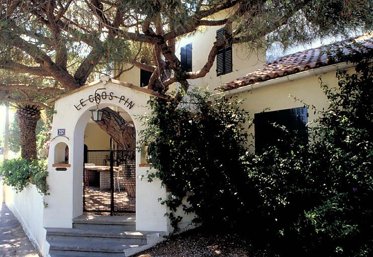 maison (villa balnéaire) dite Le gros pin