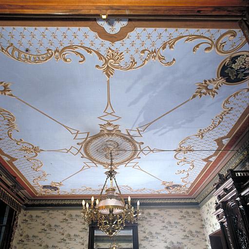 peinture monumentale du plafond de la salle à manger