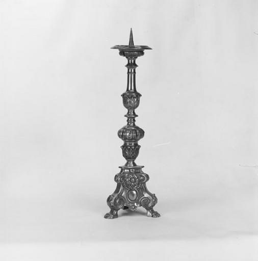 2 chandeliers d'autel