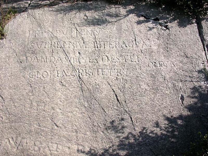 ensemble de 4 graffiti (inscriptions rupestres)