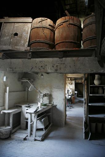 usine de poterie dite La Poterie provençale