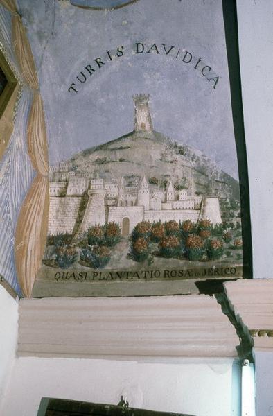 Peintures monumentales : Sainte Julie, symbole marial, ornementation