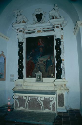 Ensemble de l'autel secondaire de sainte Lucie