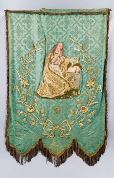 Bannière de procession de la confrérie de pénitents sainte Marie-Madeleine