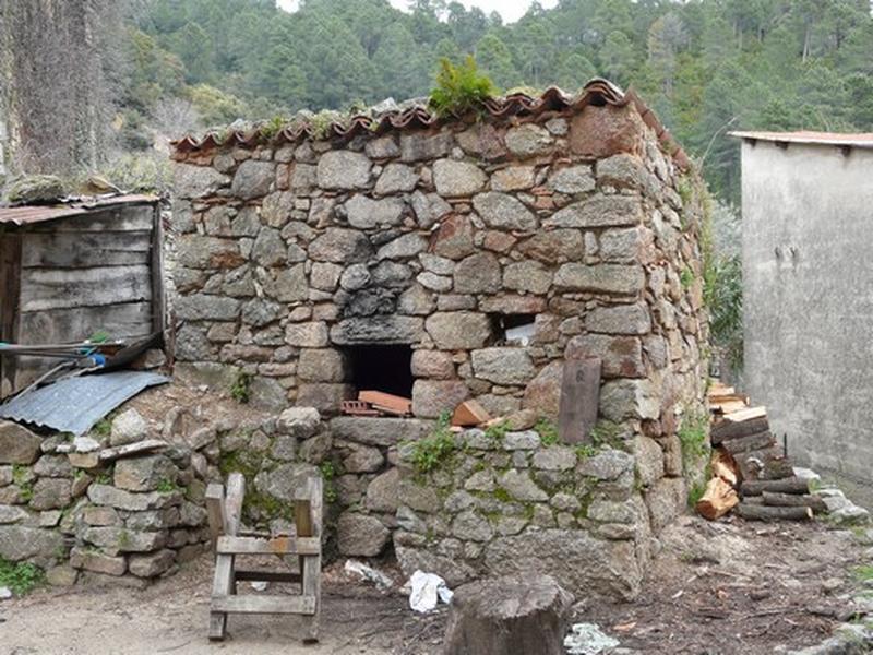 four à pain (No 2)