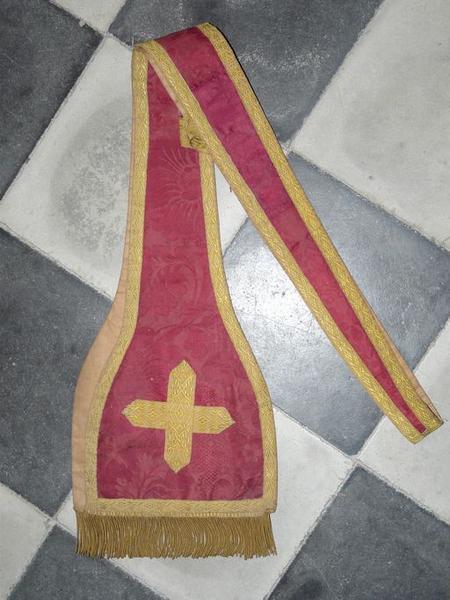 Étole diaconale (ornement rouge No 1)