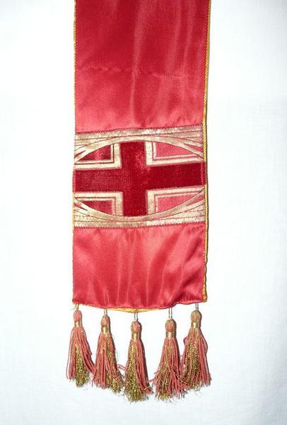 Chasuble, étole (ornement rouge No 2)