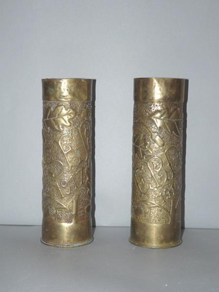 Vases d'autel No 7 (obus de la guerre 1914-1918)