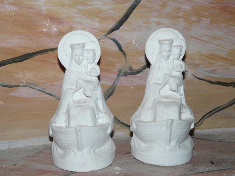 ensemble de deux statues (figurines) : Notre-Dame de Boulogne