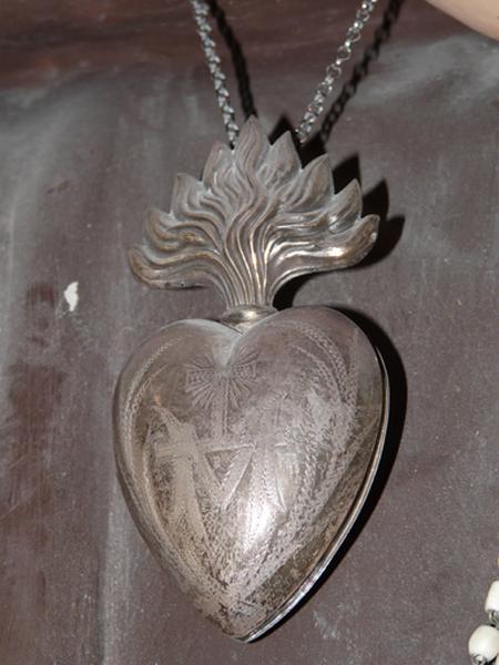 coeur de dévotion, ex-voto