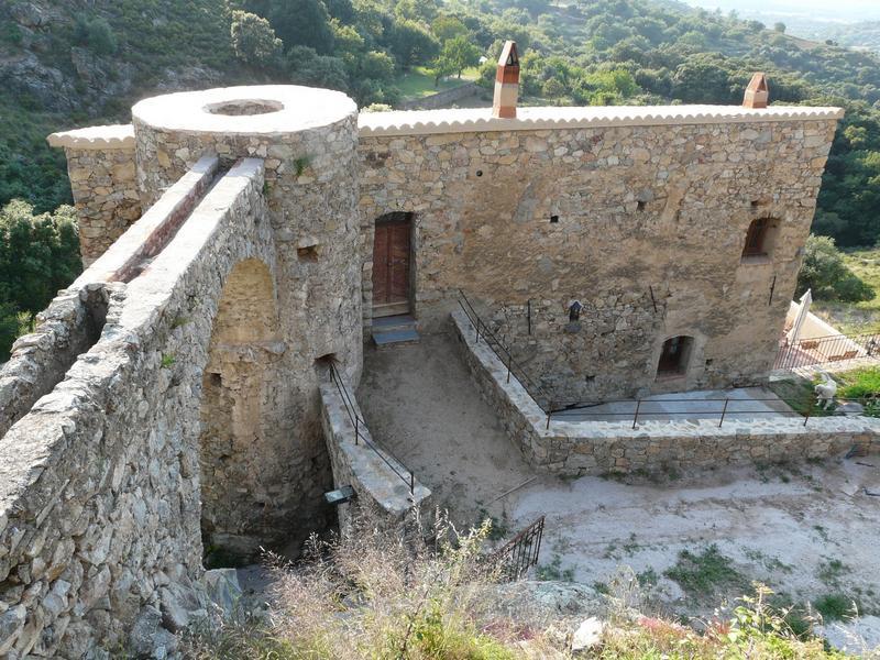 Ancien moulin à farine puis moulin à huile dit moulin de Tenda, actuellement maison