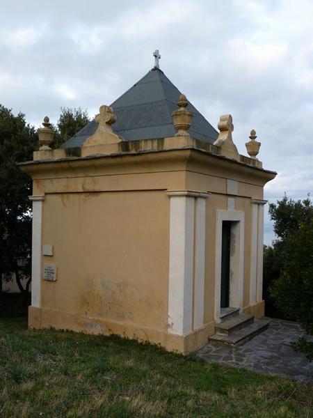 chapelle funéraire des familles Filippi-Mattei-Raffucci