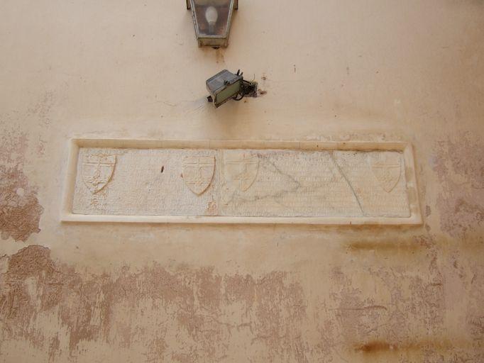 ensemble de deux dalles funéraires de Giovanni et Jacomina Saliceti
