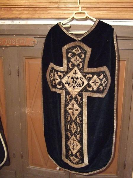Voile de calice, chasuble, étole, manipule (ornement noir) (No 1)