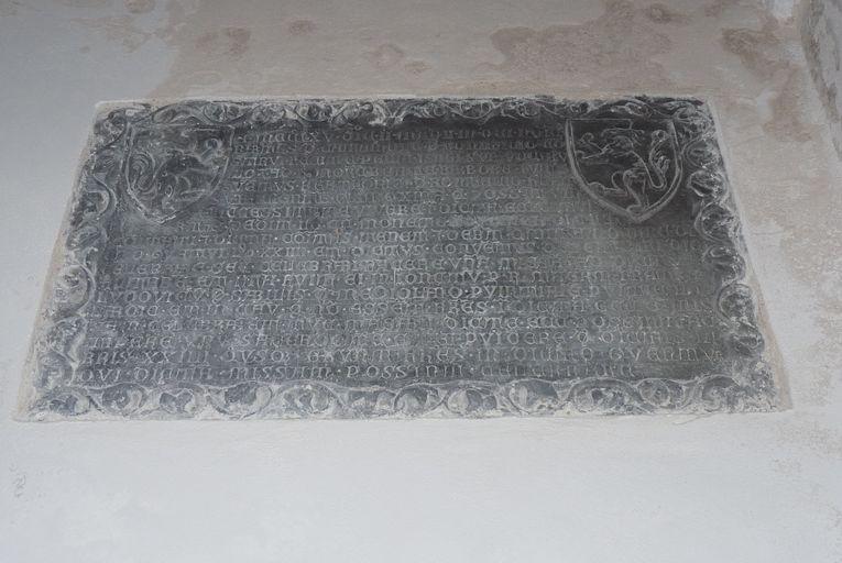 plaque commémorative de fondation de la chapelle Sainte-Barbe