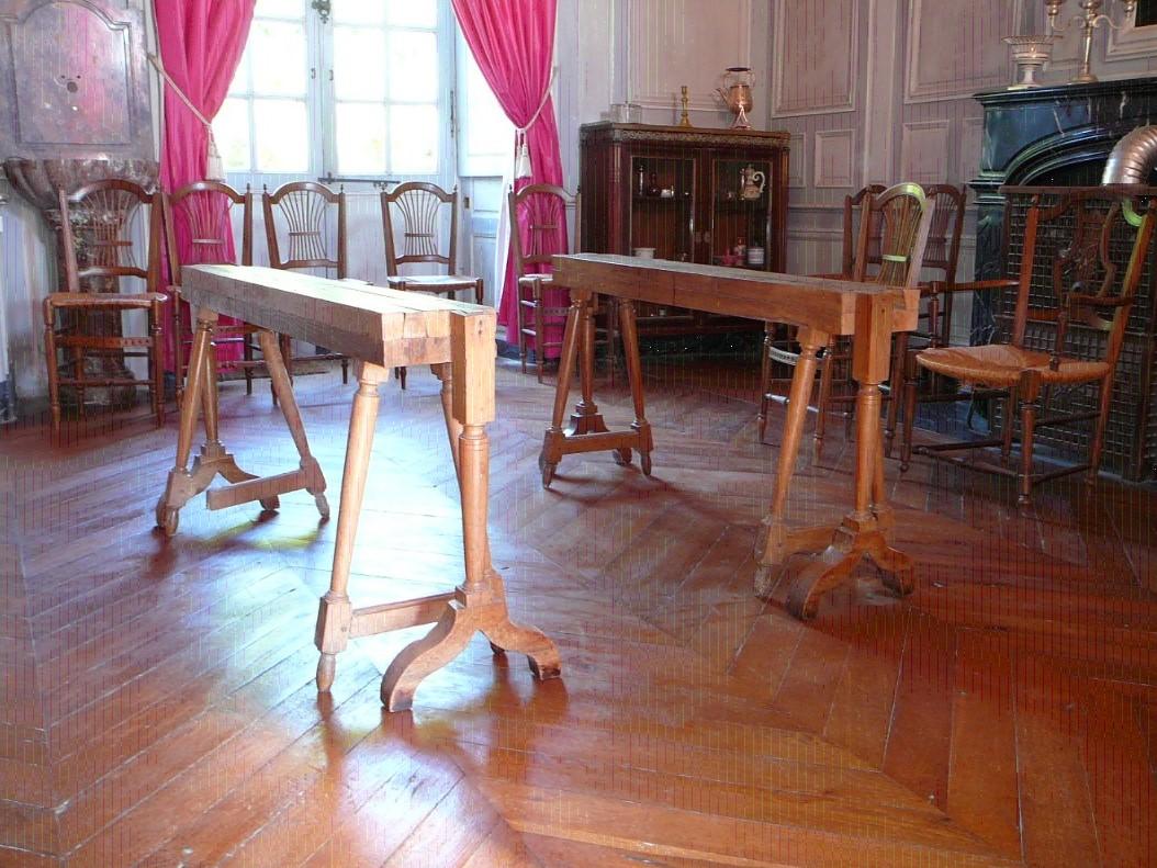 Éléments de meuble : paire de tréteaux de table coulissants
