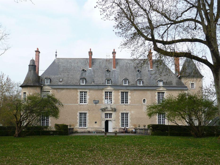 Château d'Amoy: Façade sud, vue générale