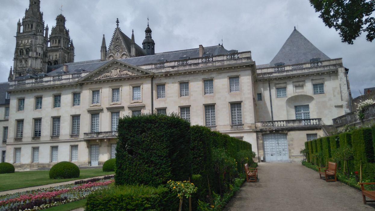 Ancien archevêché, Palais épiscopal, actuellement musée des Beaux-Arts, vue générale