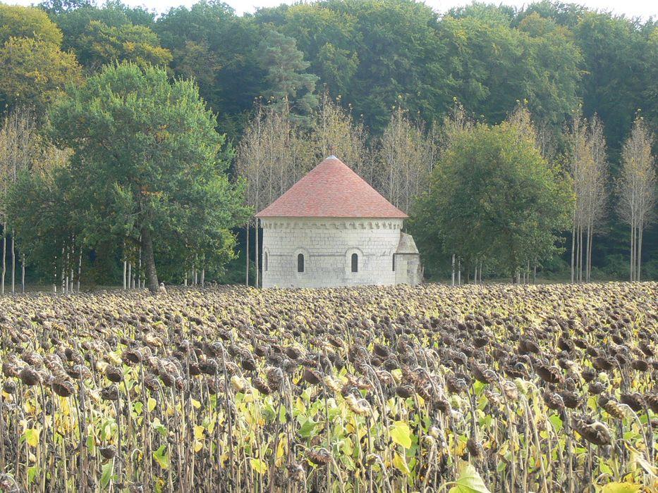 Chapelle Saint-Jean-du-Liget: Vue générale de la chapelle dans son environnement