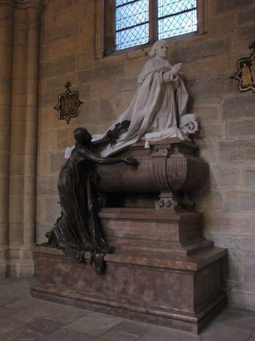 Tombeau de Monseigneur Rivet