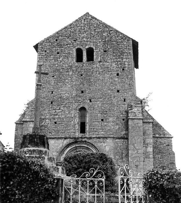 Eglise du Petit Auxey (ancienne): Façade occidentale, vue générale