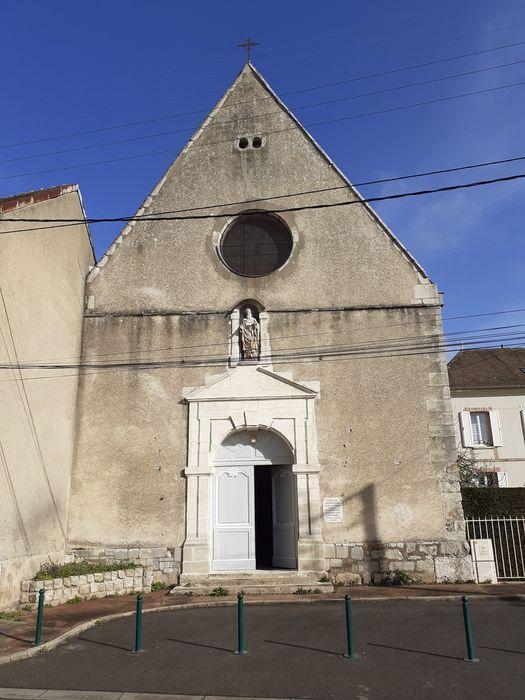 Eglise Saint-Savinien-le-Jeune: Façade sud, vue générale