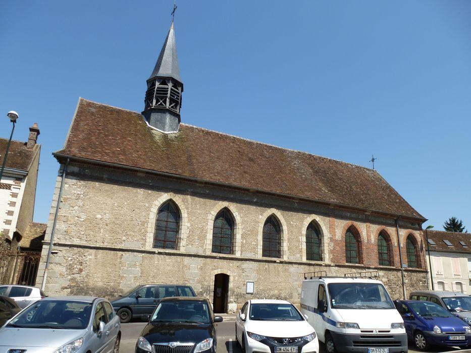Eglise Sainte-Mathie: Façade latérale sud