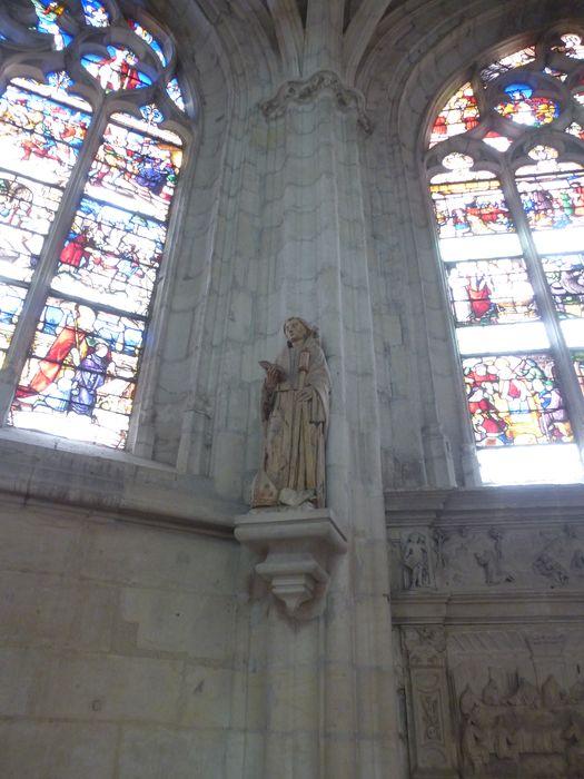 3 statues : Saint Pavace, Saint Lazare, Saint abbé