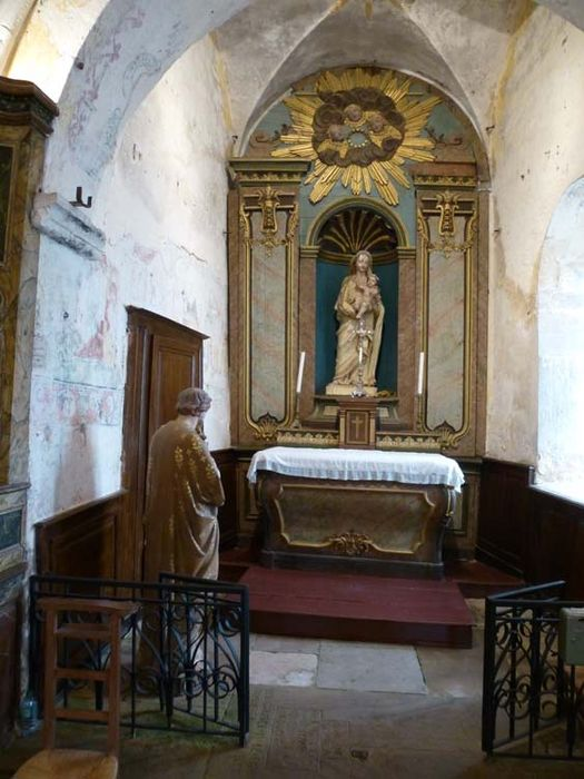 autel, retable, statue : Vierge à l'Enfant (autel secondaire de la Vierge)