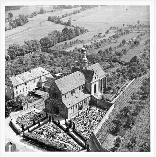 église abbatiale ; actuelle église catholique Saint-Cyriaque