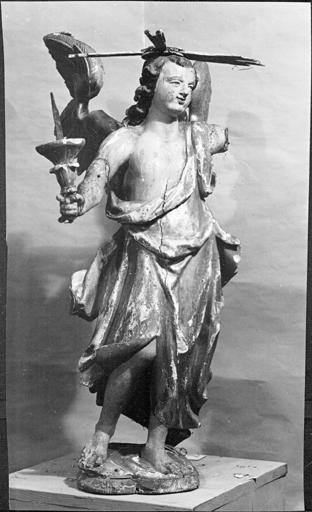 2 statues : Anges porte-cierge