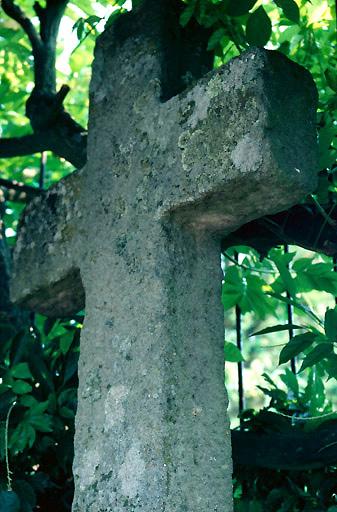 croix de chemin de l'entrée sud-est