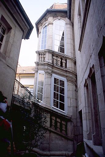 maison Moniot